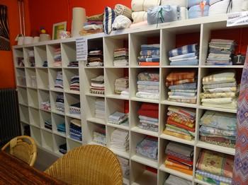 beddengoed, handdoeken  pyjama's e.d. Stichting Armslag Stadskanaal